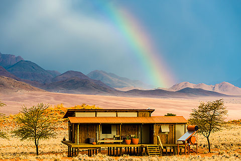 bungalow under rainbow [©2015 paulgodard.com]