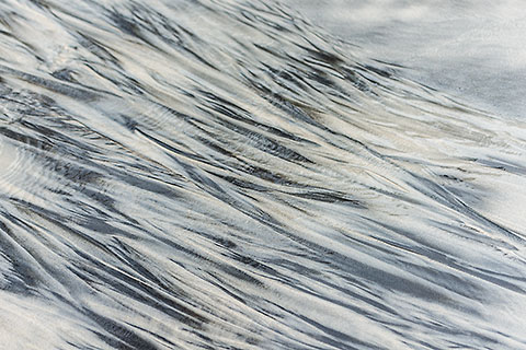 sand pattern on beach [©2015 paulgodard.com]